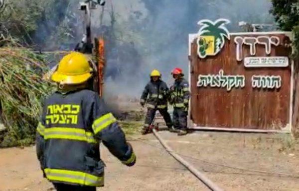עשן כיסה את שמי האזור ולוחמי האש יצאו לכבות את השריפה בחווה החקלאית